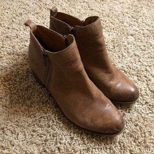 Naturalizer Brown Faux Leather Boots Womens size 6